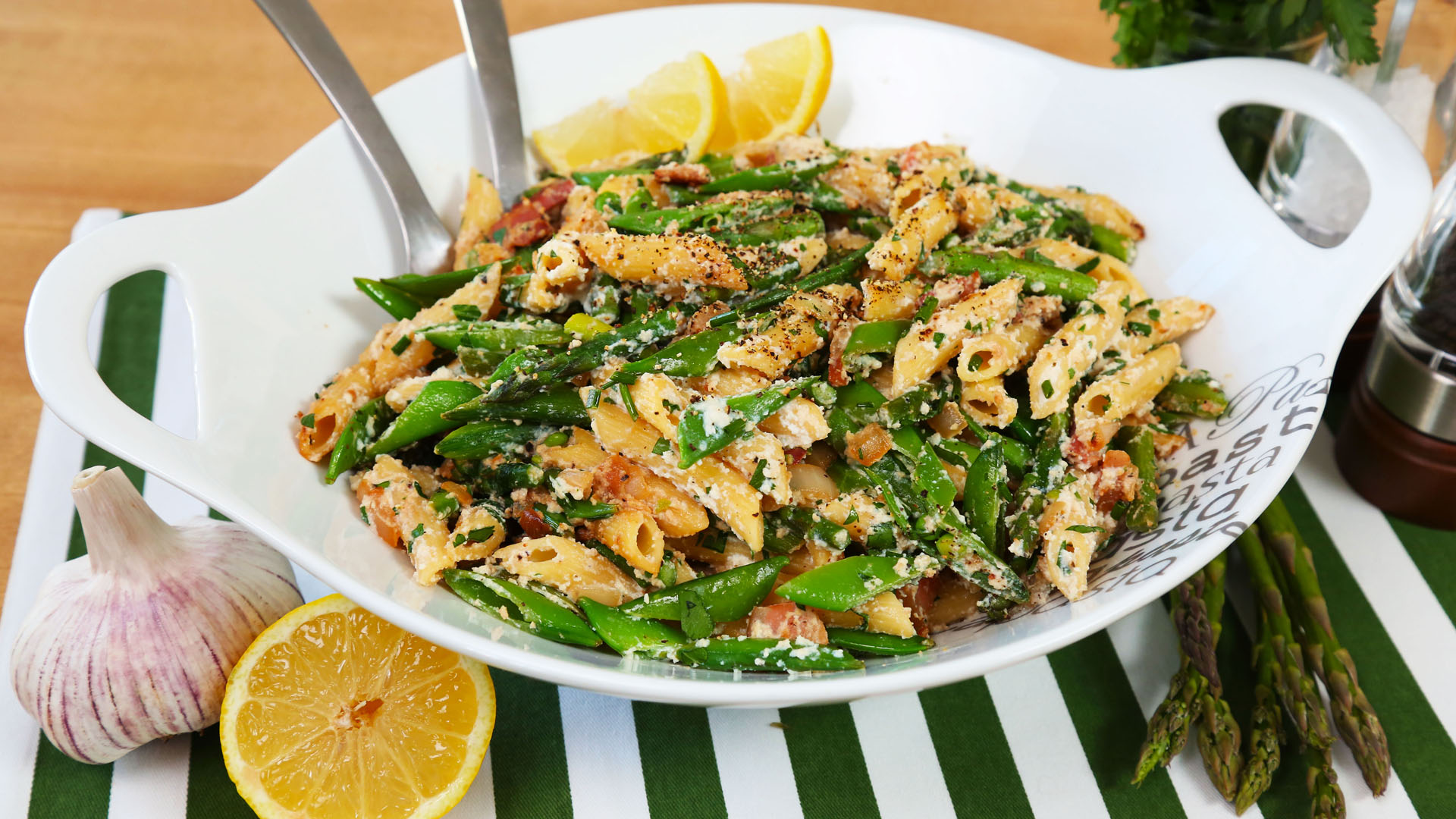 Asparagus-And-Spring-Pea-Penne_16x9_The-Domestic-Geek