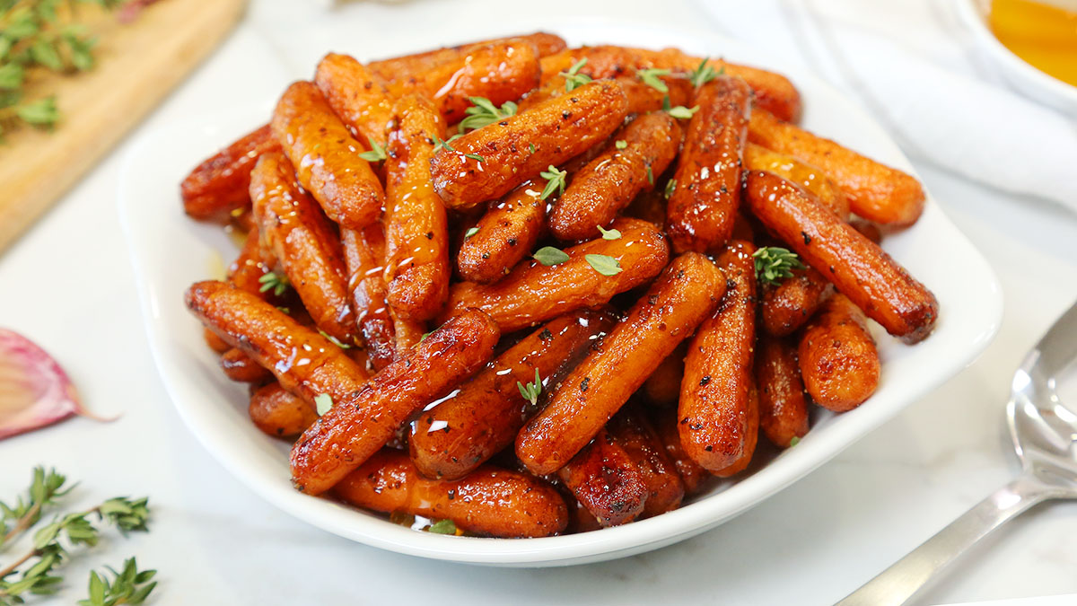 Balsamic-Roasted-Carrots_16x9_1200_The-Domestic-Geek