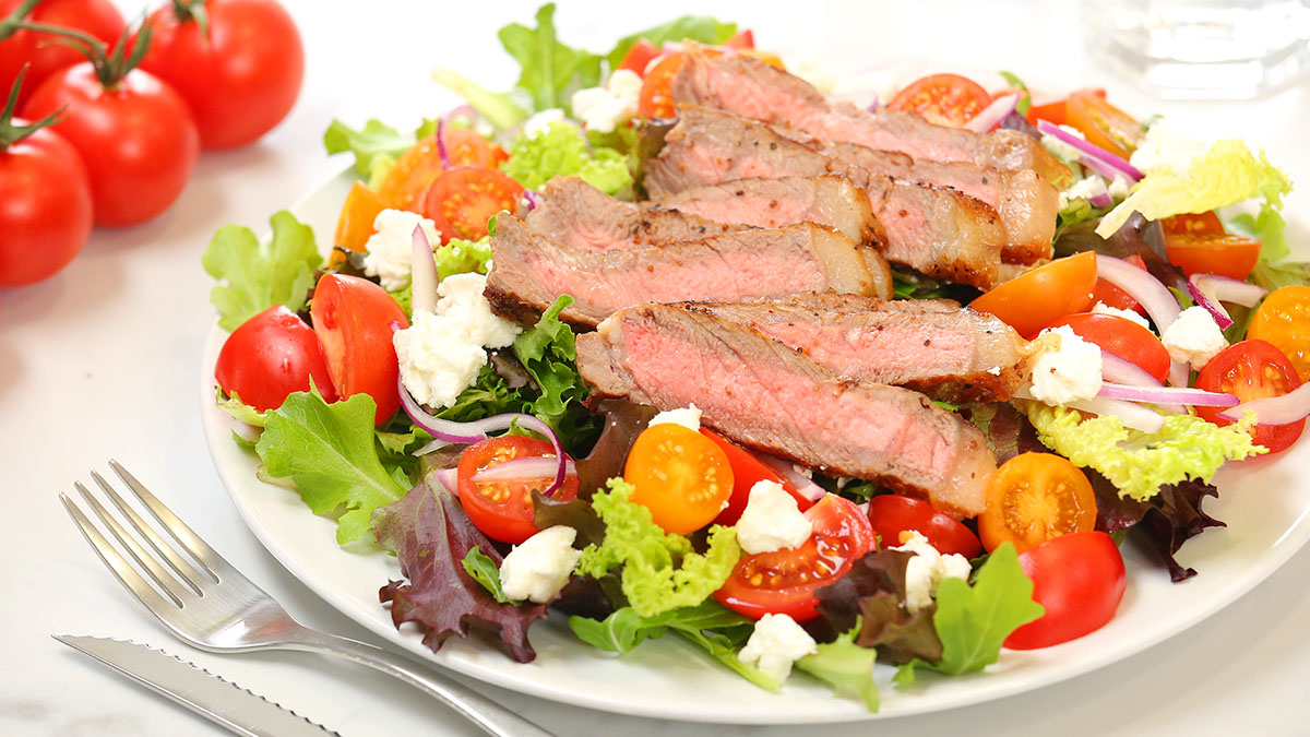 Bloody-Mary-Steak-Salad_16x9_1200_The-Domestic-Geek