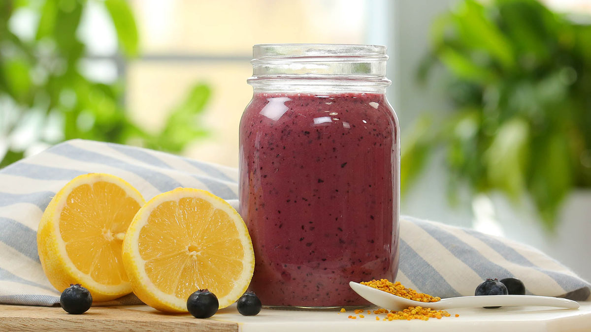 Blueberry-Lemon-Smoothie_16x9_1200_The-Domestic-Geek