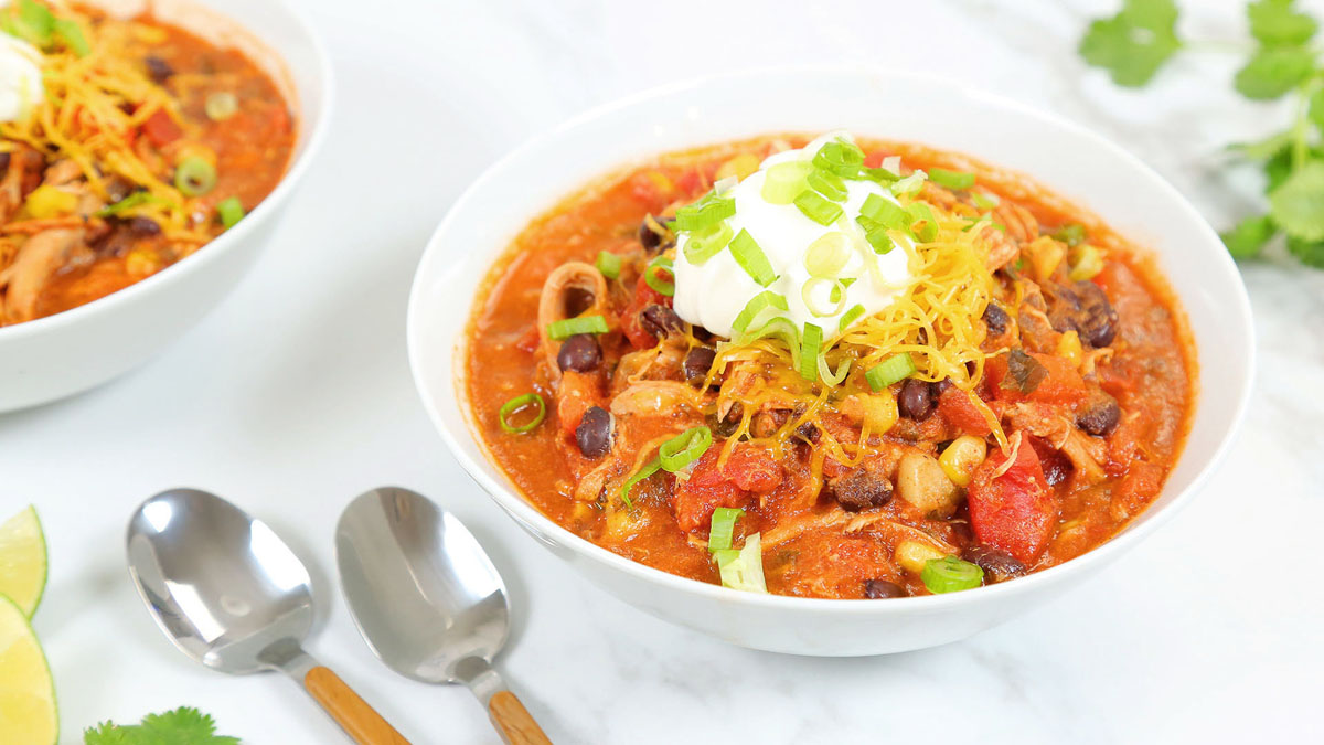 Chicken-Taco-Soup_16x9_The-Domestic-Geek