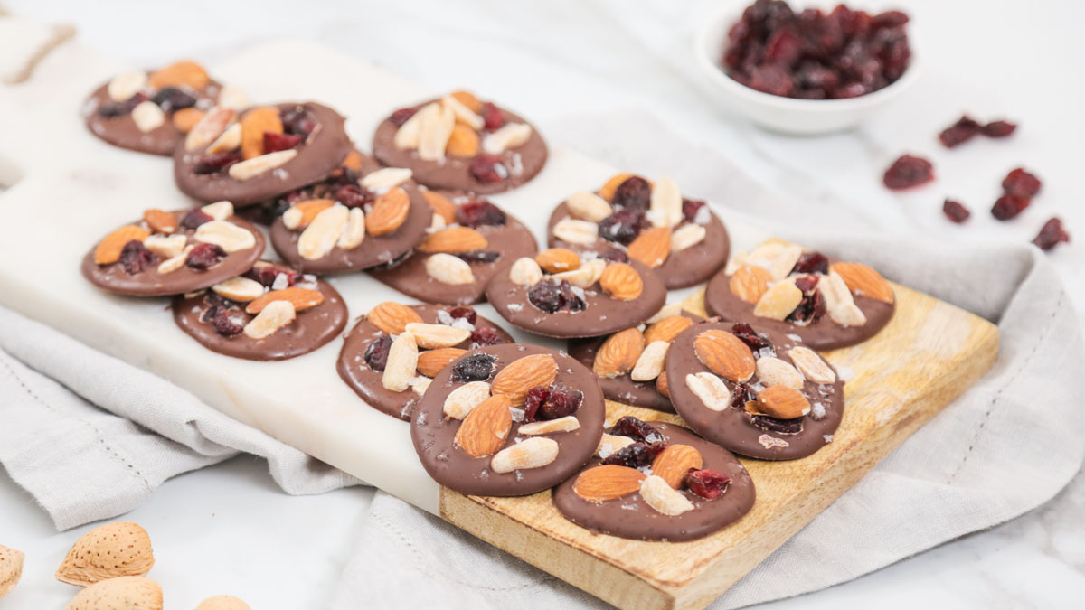 Chocolate-Trail-Mix-Bites_16x9_The-Domestic-Geek