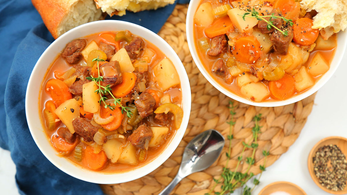Classic-Beef-Stew_16x9_The-Domestic-Geek