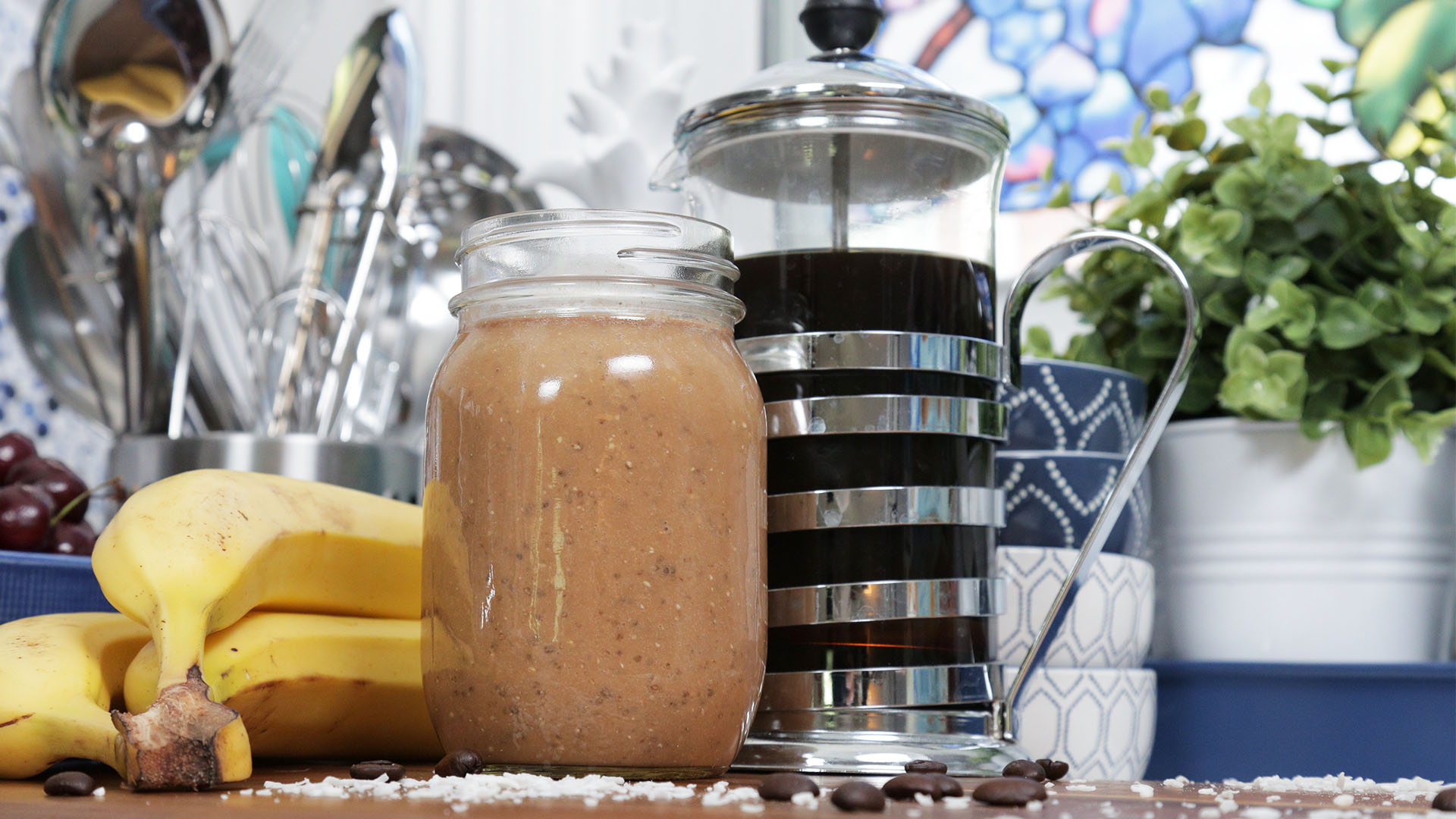 Creamy-Coconut-Coffee-Smoothie 16x9