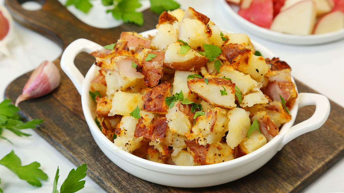 Crispy-Roasted-Potatoes_16x9_1200_The-Domestic-Geek