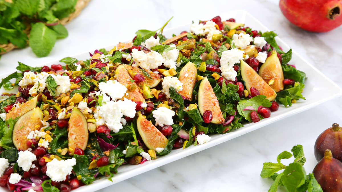 Fig-Pomegranate-Salad_16x9_The-Domestic-Geek