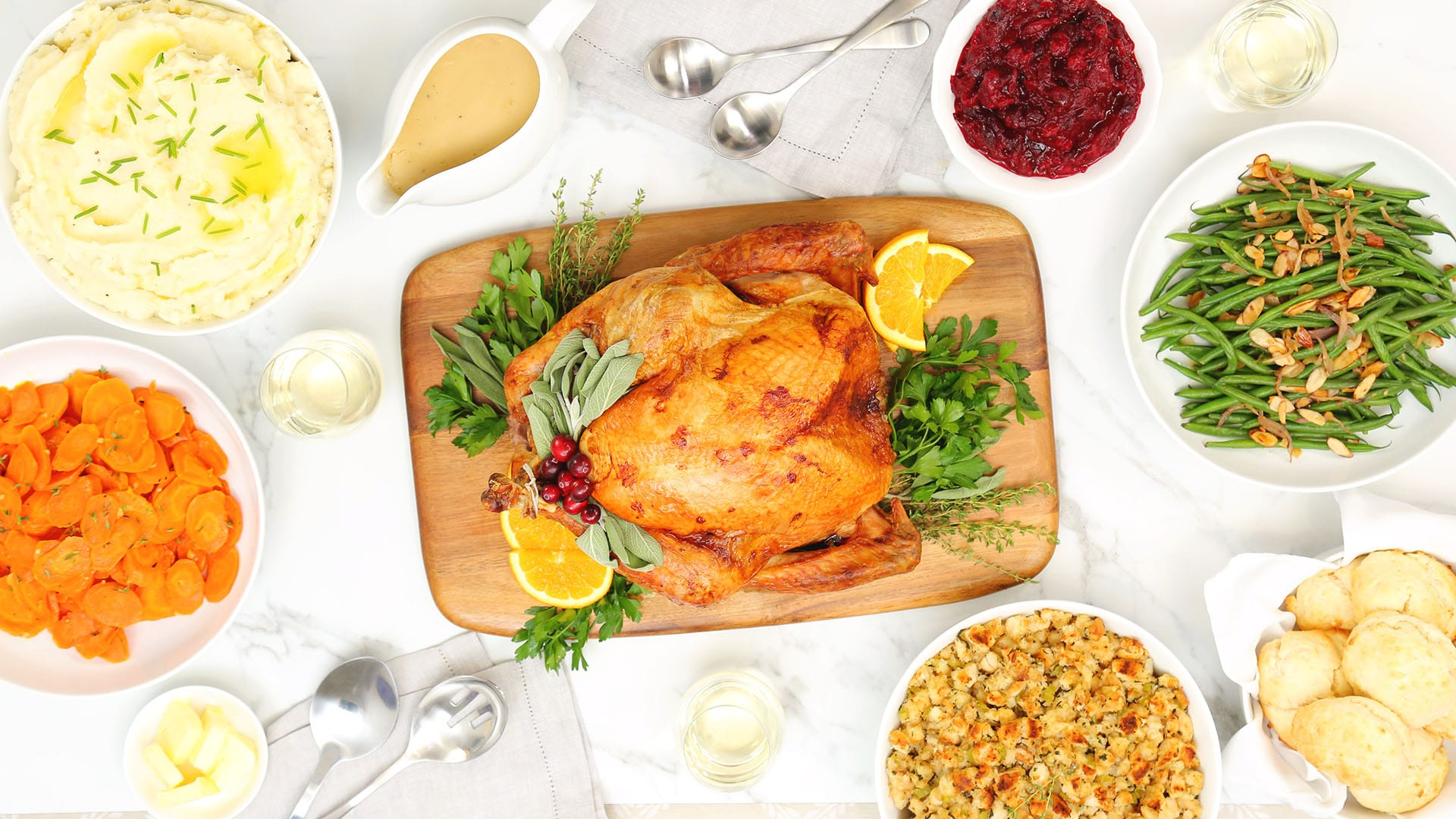 Foolproof-Thanksgiving-Feast_16x9_The-Domestic-Geek