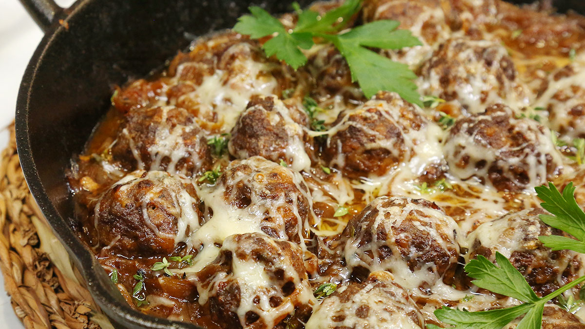 French-Onion-Meatballs_16x9_1200_The-Domestic-Geek