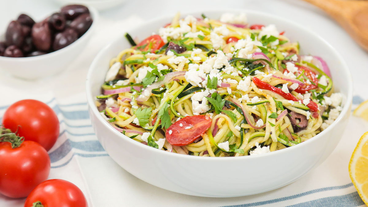 Greek-Zoodle-Salad_16x9_The-Domestic-Geek