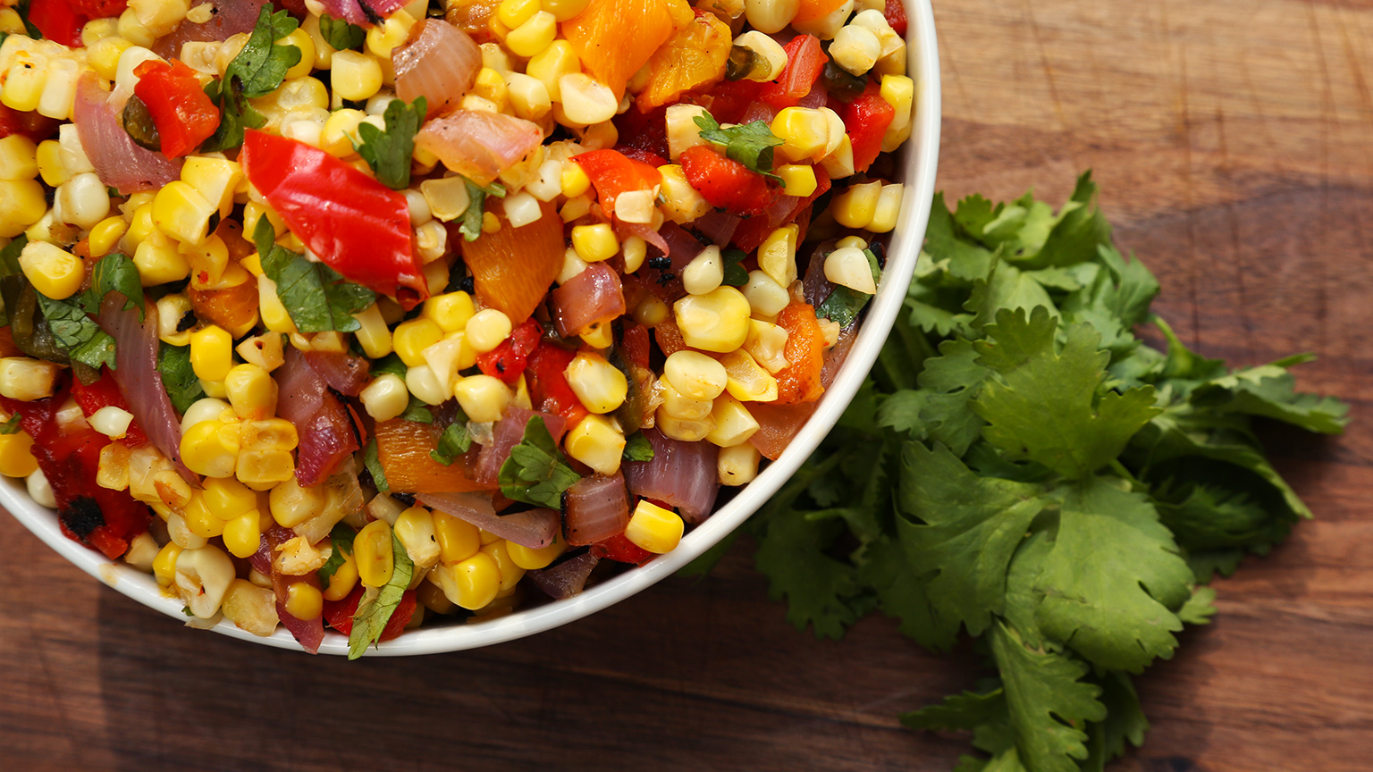 Grilled-Corn-Salad_16x9_The-Domestic-Geek