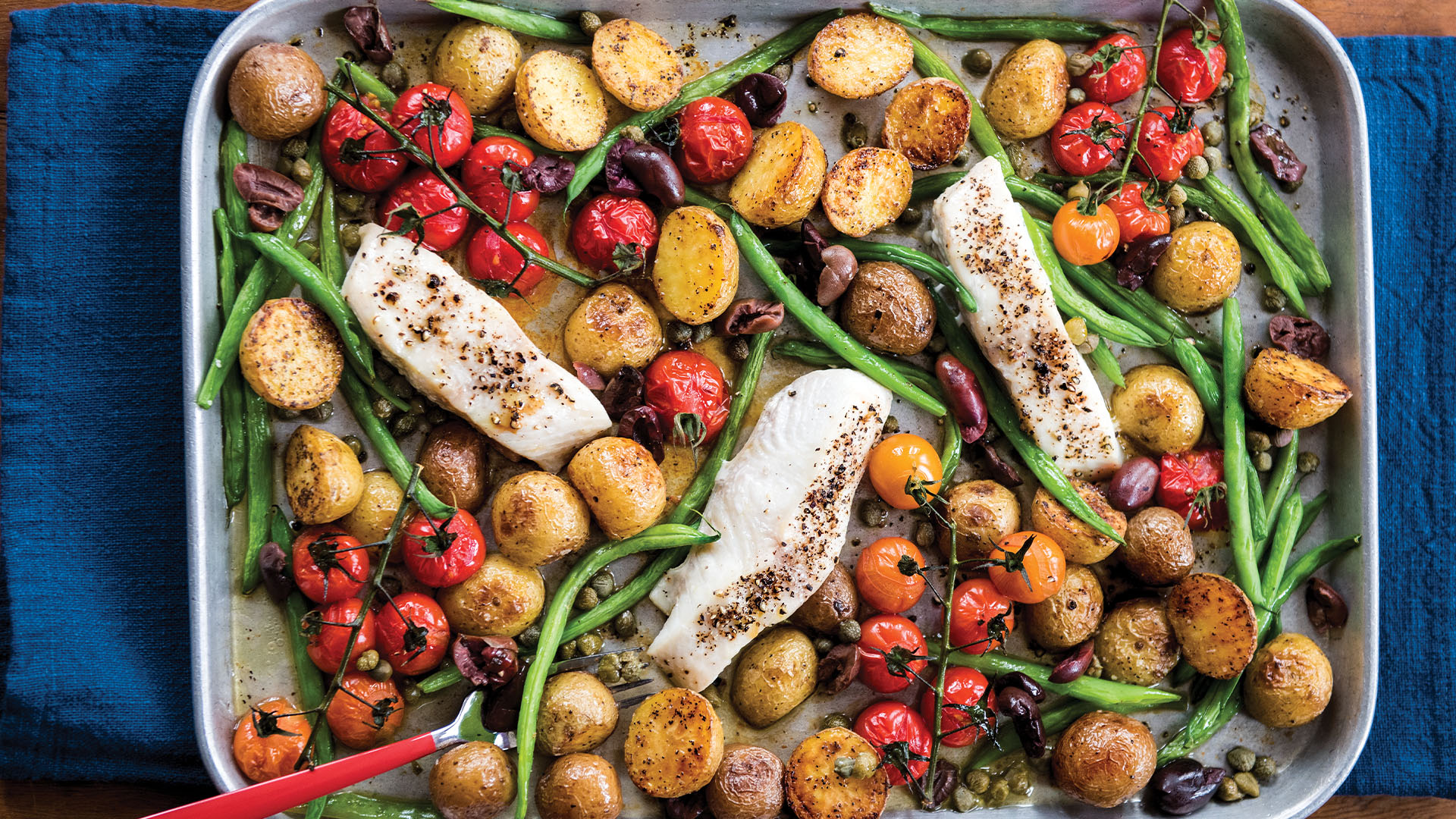 Halibut-Green-Beans-Tomato-Olives_16x9_The-Domestic-Geek_Meals-Made-Easy