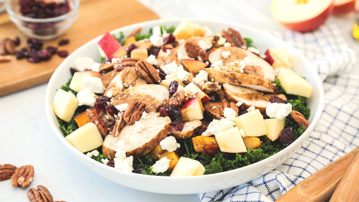 Harvest-Salad-With-Chicken_16x9_The-Domestic-Geek
