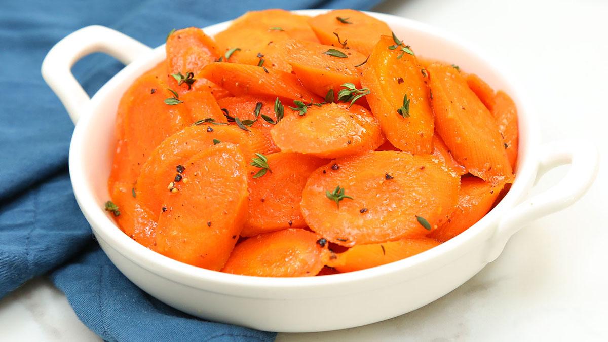 Honey-Glazed-Carrots_16x9_The-Domestic-Geek