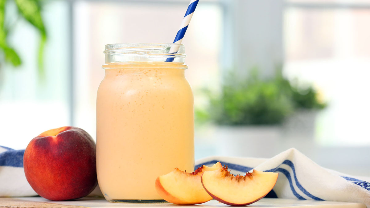 Just-Peachy-Smoothie_16x9_The-Domestic-Geek