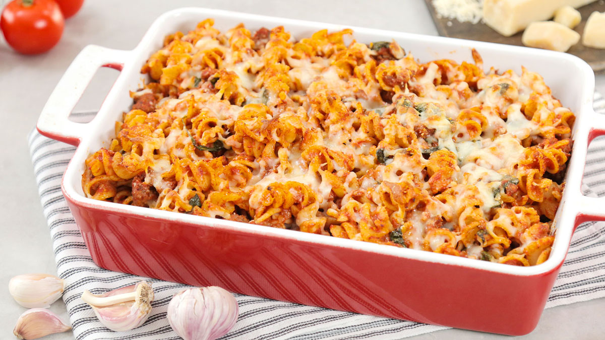 Lazy-Lasagna-Bake_16x9_The-Domestic-Geek