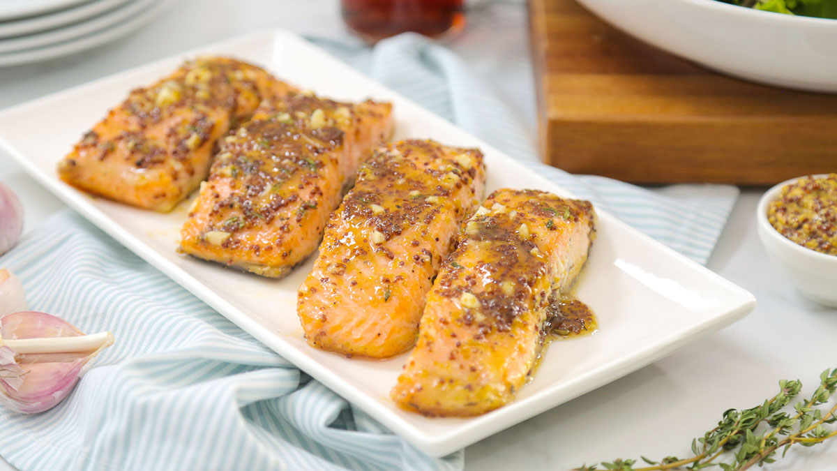 Maple-Dijon-Salmon_16x9_The-Domestic-Geek