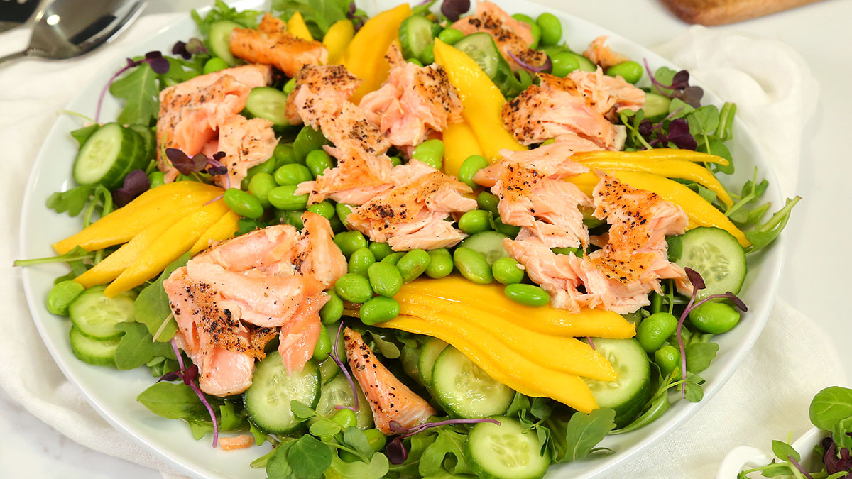 Miso-Ginger-Salmon-Salad_16x9_1200_The-Domestic-Geek