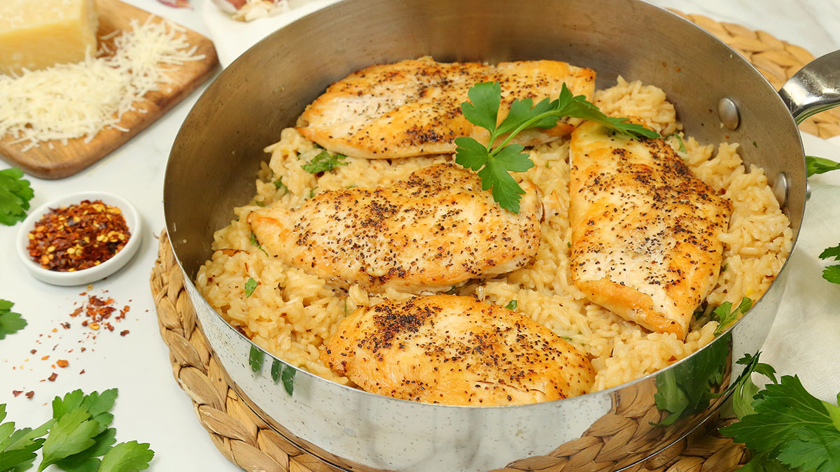 Parmesan-Chicken-Rice-Skillet_16x9_1200_Healthy-Meal-Plans