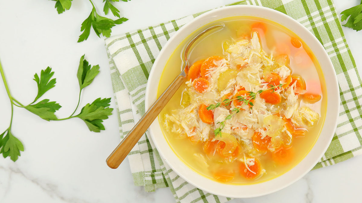 Quick-Easy-Chicken-Soup_16x9_The-Domestic-Geek