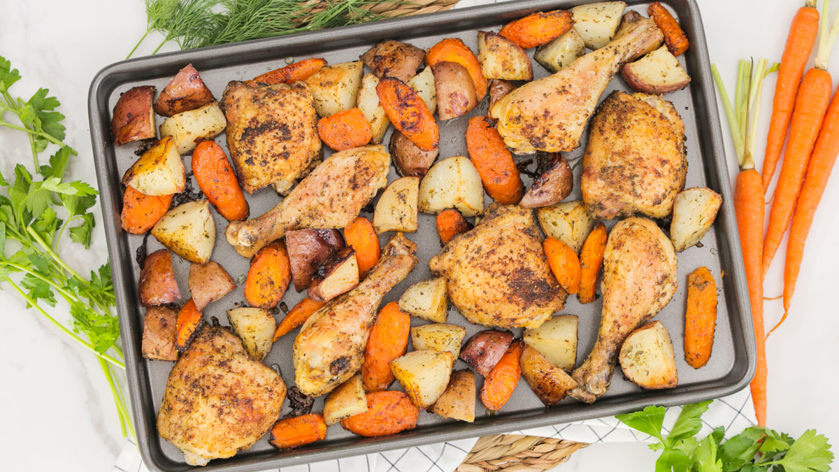 Ranch-Roasted-Chicken-Veggies_16x9_The-Domestic-Geek