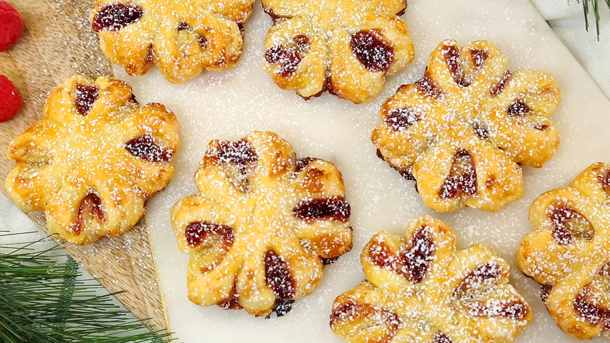 Raspberry-Puff-Pastry-Blossoms_16x9_1200_The-Domestic-Geek