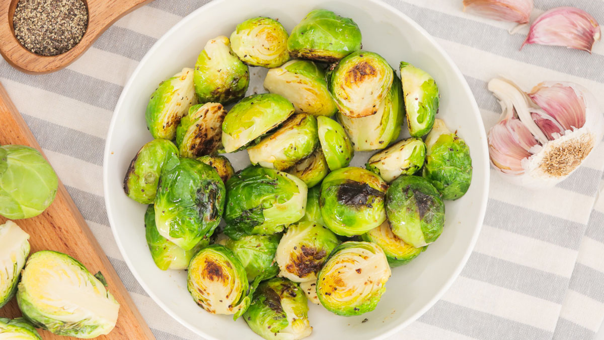Roasted-Brussels-Sprouts_16x9_The-Domestic-Geek
