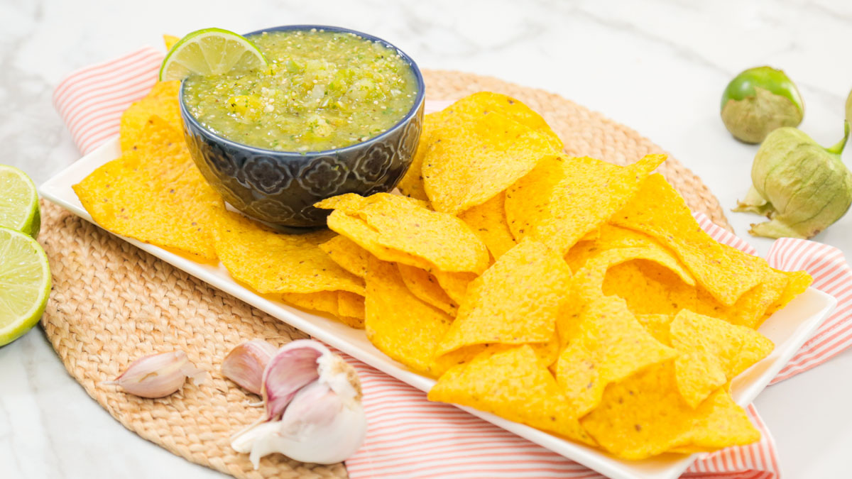 Salsa-Verde_16x9_The-Domestic-Geek
