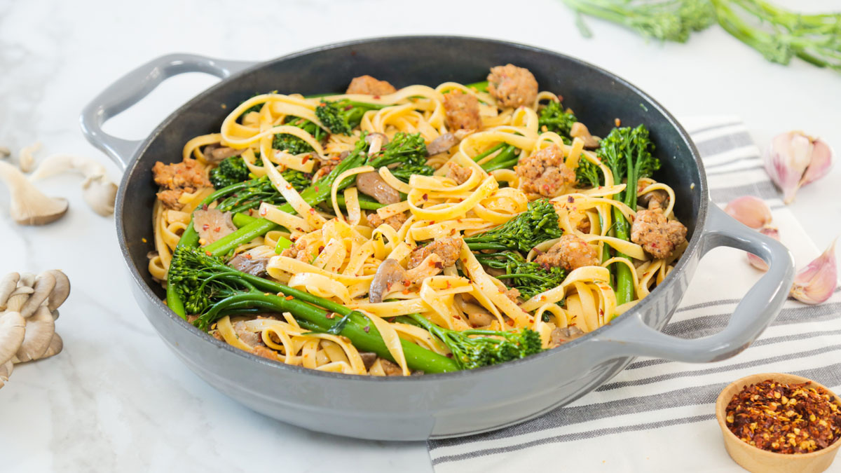 Sausage-Oyster-Mushroom-Broccolini-Fettuccine_16x9 _The-Domestic-Geek