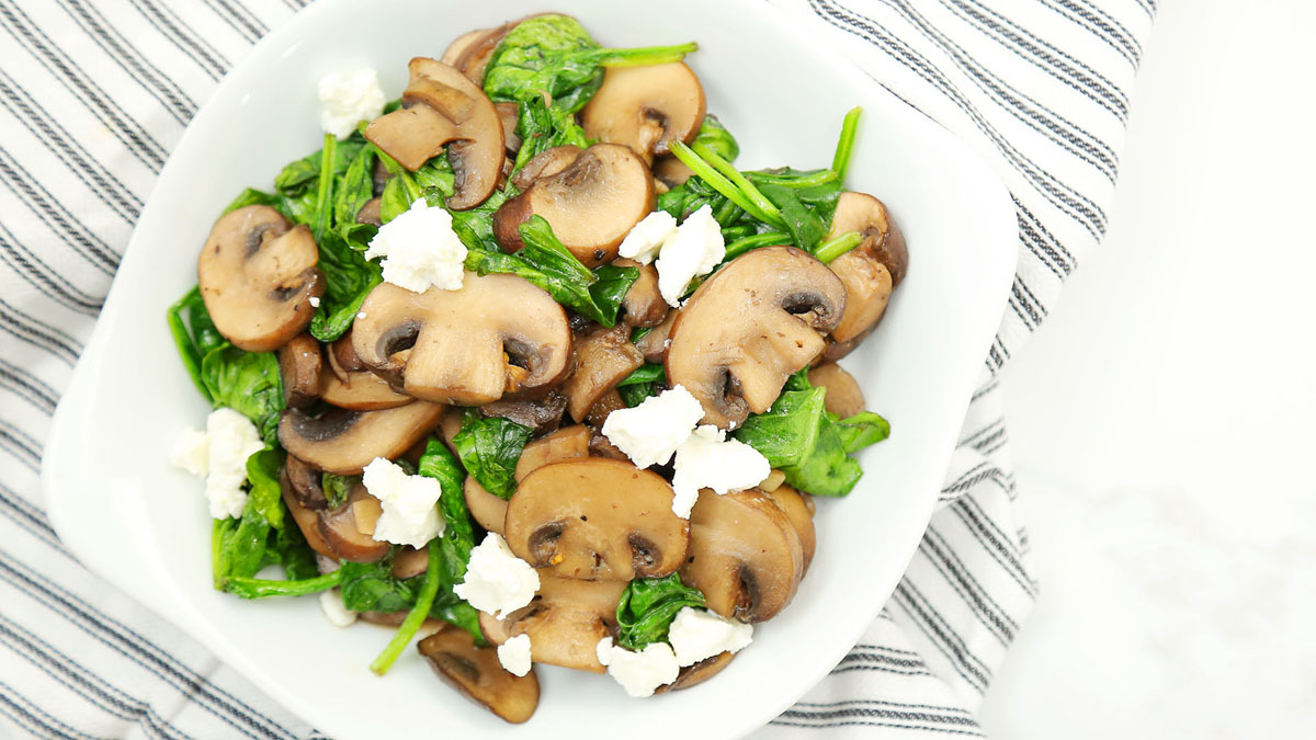 Sauteed-Mushrooms-Spinach_16x9_The-Domestic-Geek