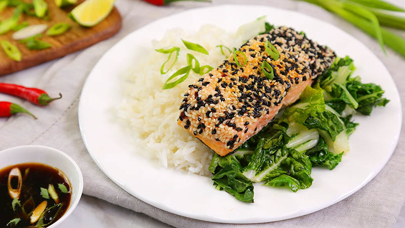 Sesame-Seared-Salmon_16x9_800_The-Domestic-Geek