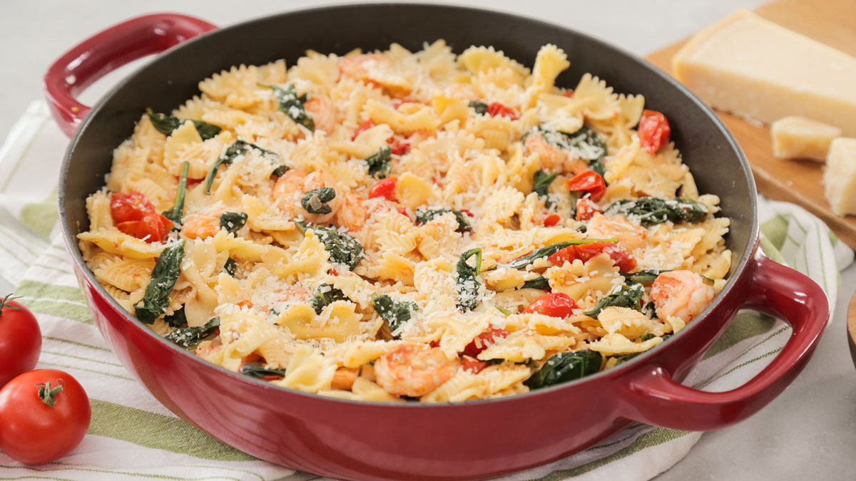 Shrimp-Farfalle-Pasta_16x9_The-Domestic-Geek