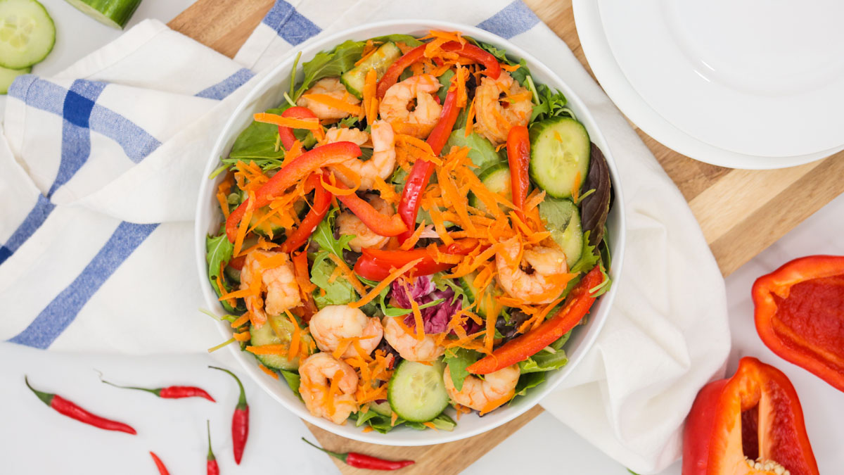 Shrimp-Salad-Chili-Lime-Vinaigrette_16x9_The-Domestic-Geek