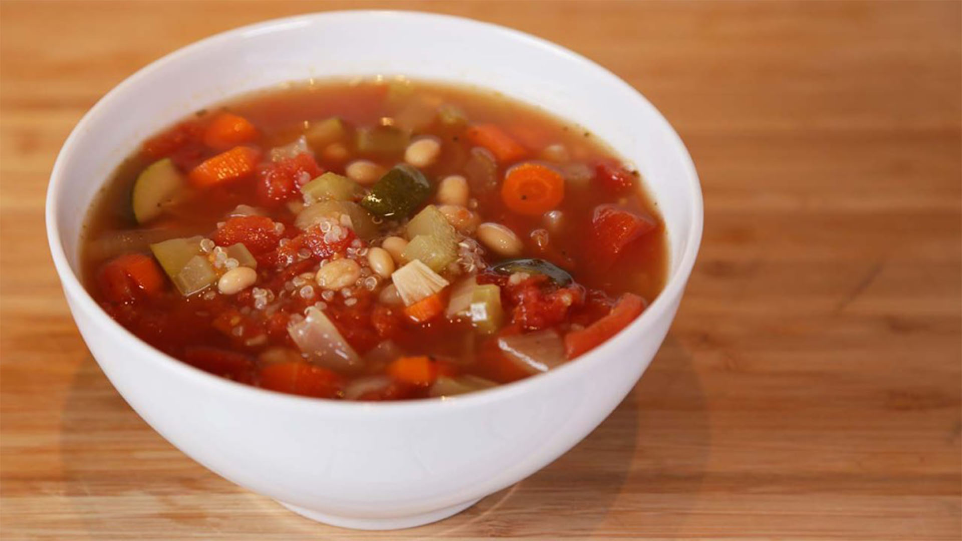 Slow-Cooker-Minestrone 16x9