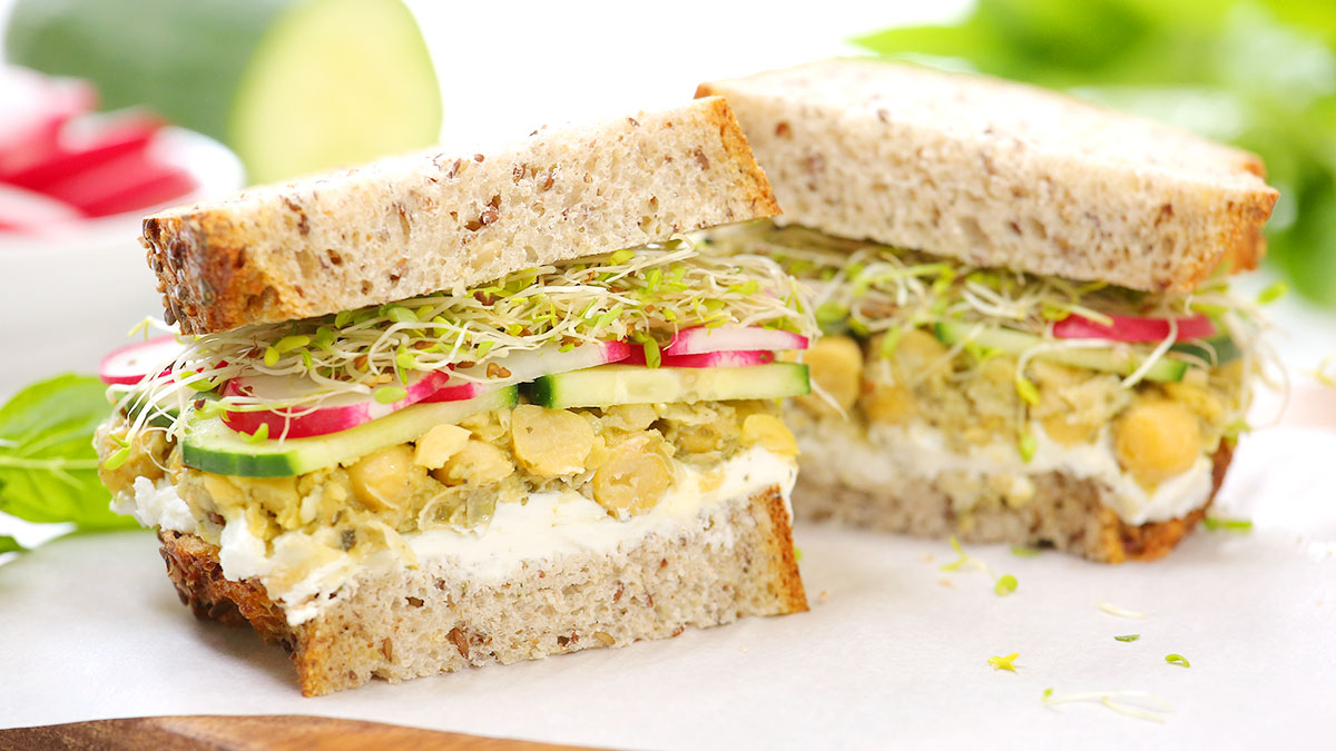 Smashed-Chickpea-Sandwich_16x9_1200_The-Domestic-Geek