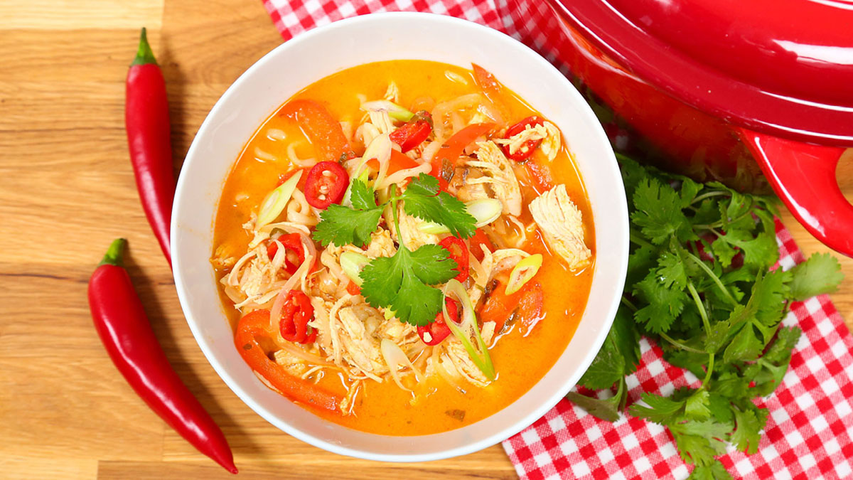 Spicy-Chicken-Noodle-Soup_16x9_The-Domestic-Geek