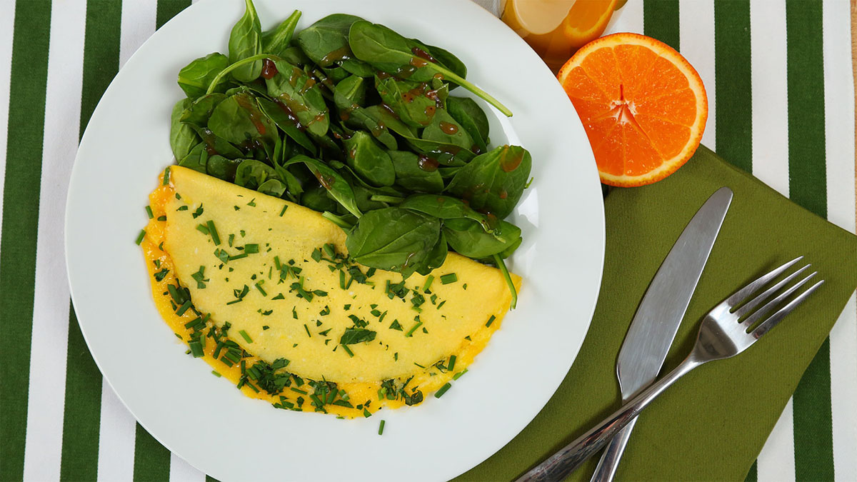 Spring-Herb-Parmesan-Omelette_16x9_The-Domestic-Geek