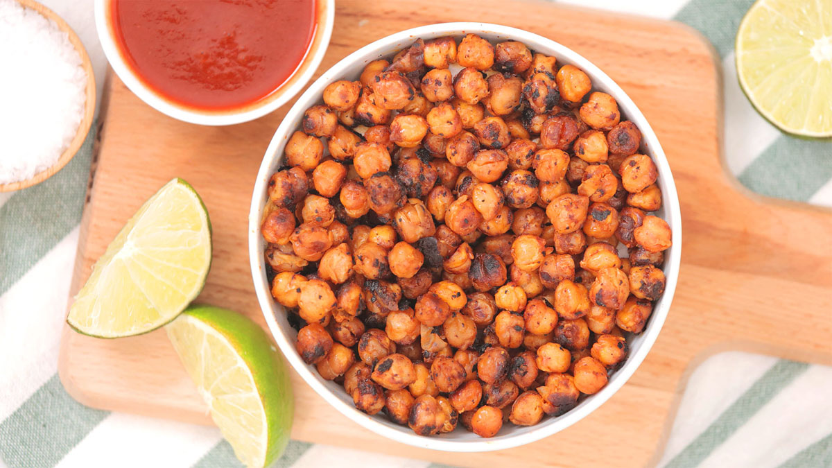 Sriracha-Lime-Chickpeas_16x9_The-Domestic-Geek