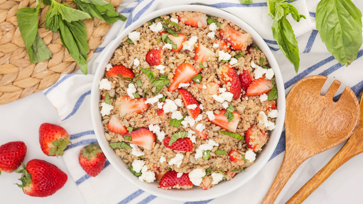 Strawberry-Basil-Quinoa_16x9_The-Domestic-Geek