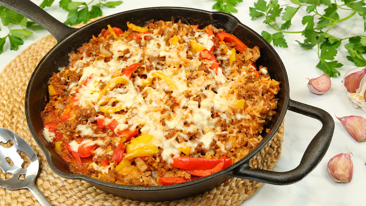 Stuffed-Pepper-Rice-Skillet_16x9_1200_Healthy-Meal-Plans