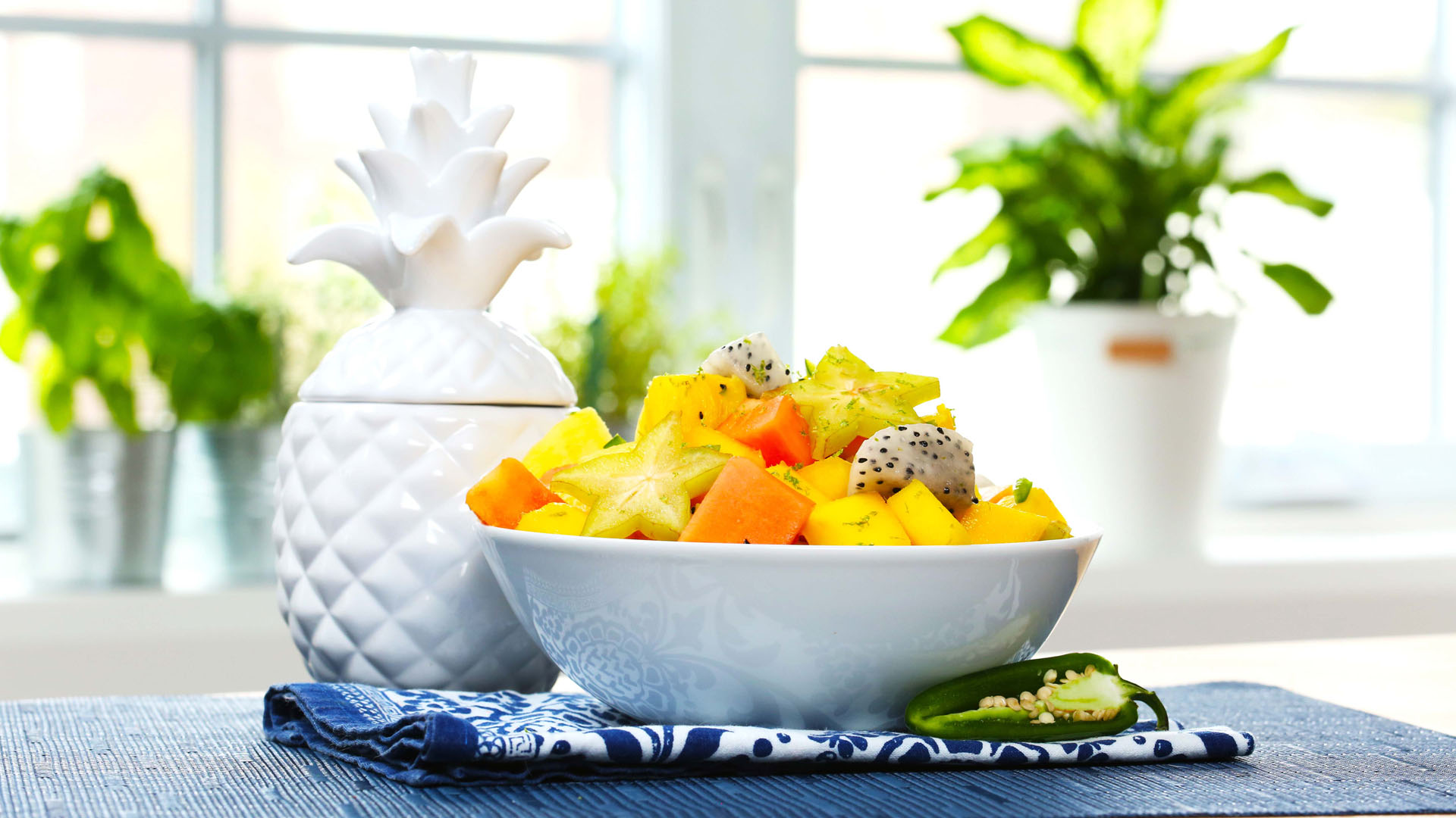 Tropical-Fruit-Salad 16x9